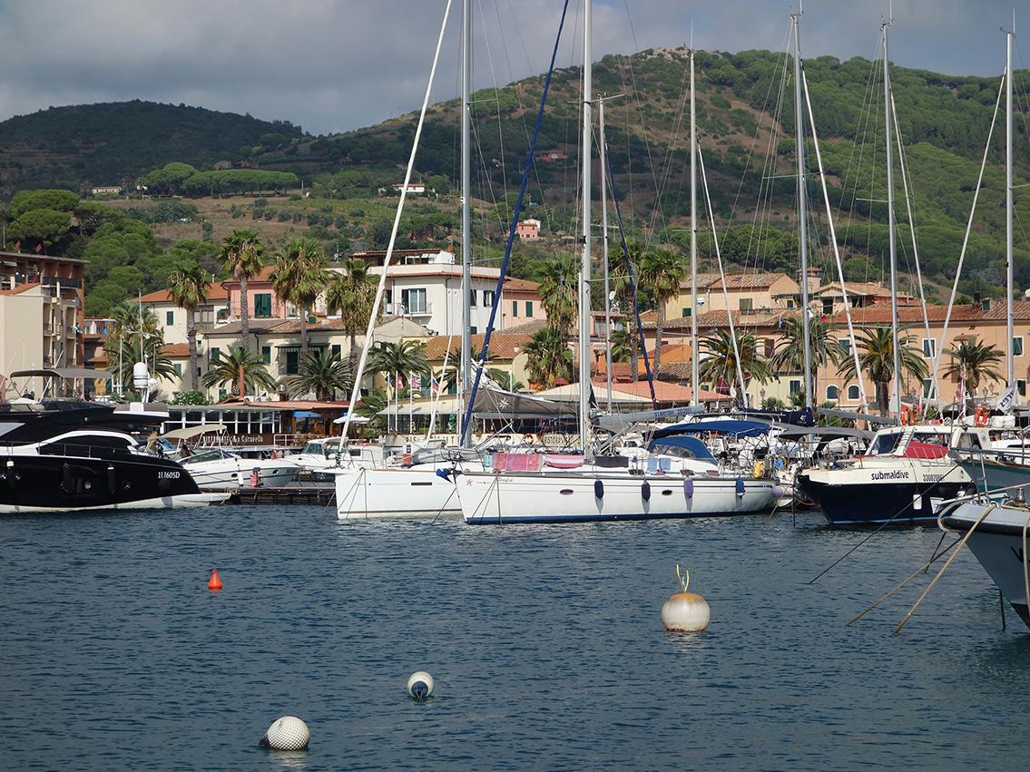 Nächster Tag - Rio Marina, das Gegenteil von Porto Azzurro