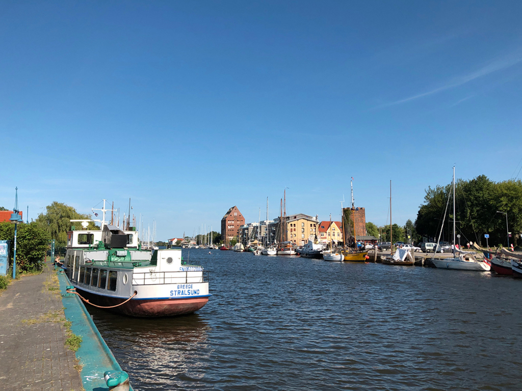 Die Wiek aus Sicht vom Museumshafens. Der ist zur Zeit gesperrt.