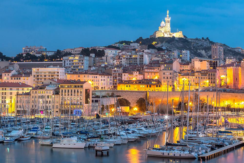 Marsailles - Krimis, kaum eine andere Stadt ist von Krimis öfters beschrieben worden.