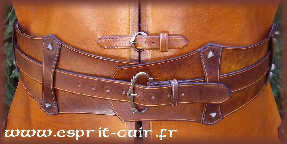 519a9a7501d Galerie des créations en cuir - pièces d exception - Eden Esprit Cuir -  Spécialiste du cuir végétal