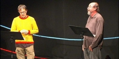 A la foto, els actors David Bagés i Pep Cruz a la final del II Torneig de Dramatúrgia Catalana