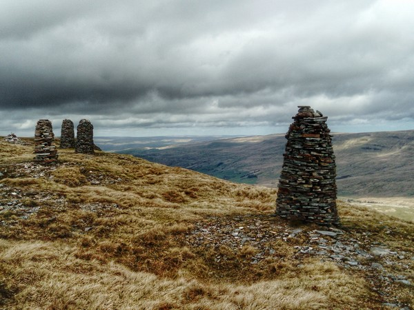 Cairns on Wild Boar Fell