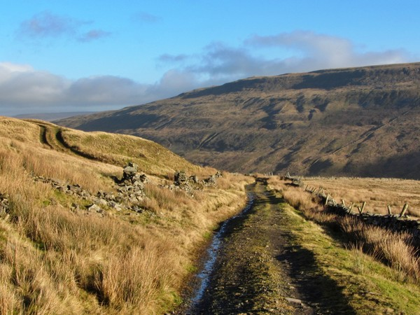 Approach to Whernside