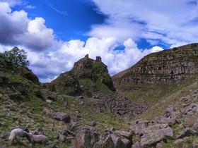 Alport Castles