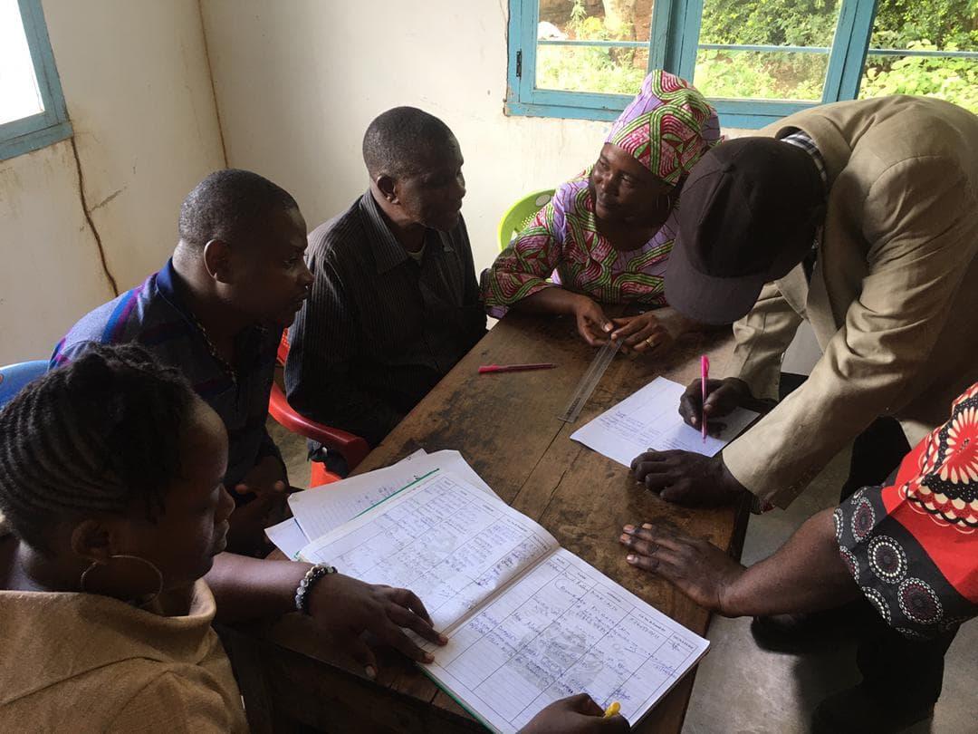 Star Foundation trifft Vertreter*innen der Nyamongolo-Gemeinde, April 2021