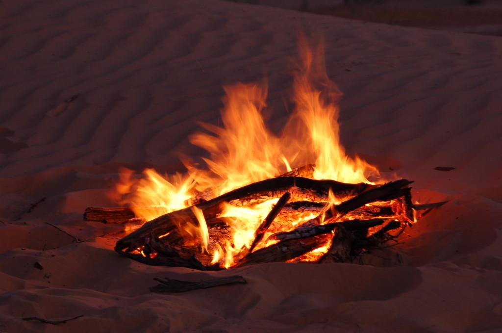 Das Feuer zum Brot backen