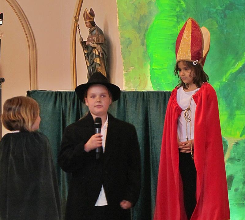 Franziskus sagt sich vor dem Bischof von Assisi von seinem reichen Vater los