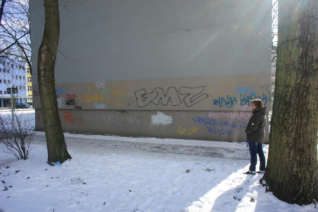 Graffiti Bilder an der Fassade leider nicht das richtige Motiv