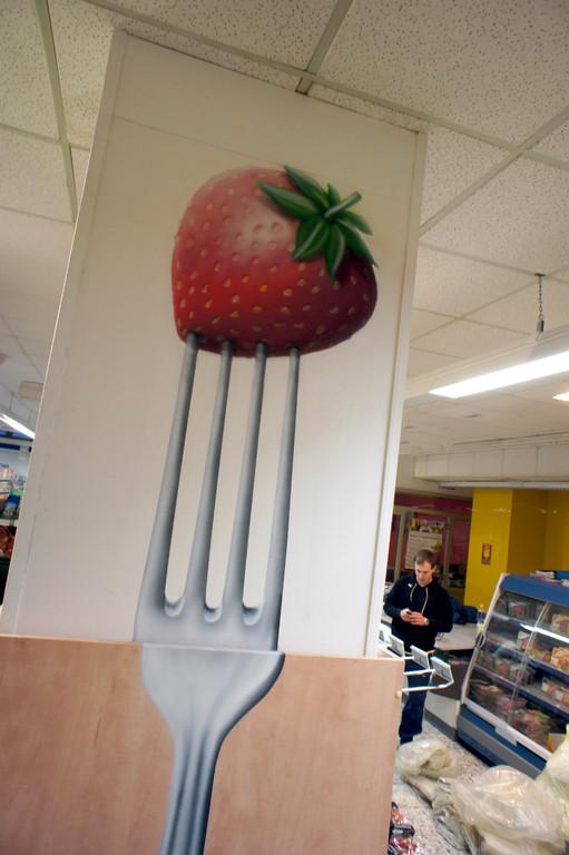 Werbung im Verkaufsraum durch Graffiti und airbrush verschönert