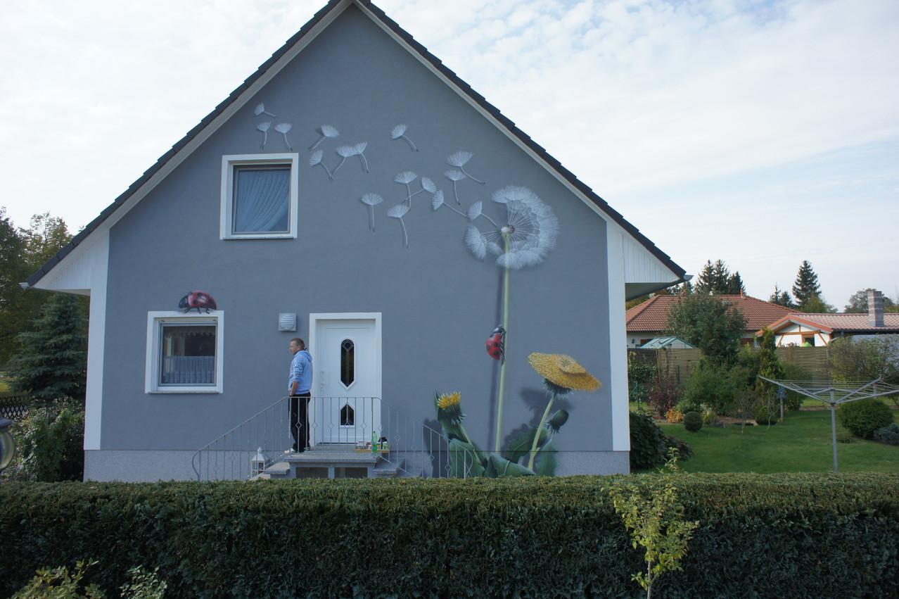 der papst l t weisen rauch aufsteigen wir lassen pusteblumen ber die fassade fliegen. Black Bedroom Furniture Sets. Home Design Ideas