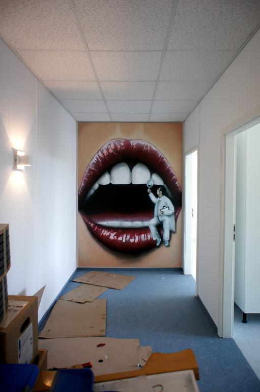 Zahn-, Mund- und Kieferheilkunde Praxis gestaltet und ausgestattet mit Wandbilder Airbrushbildern Graffitibildern