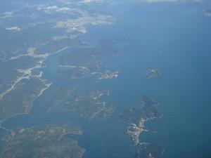 関西国際空港へ向かう途中の上空の風景