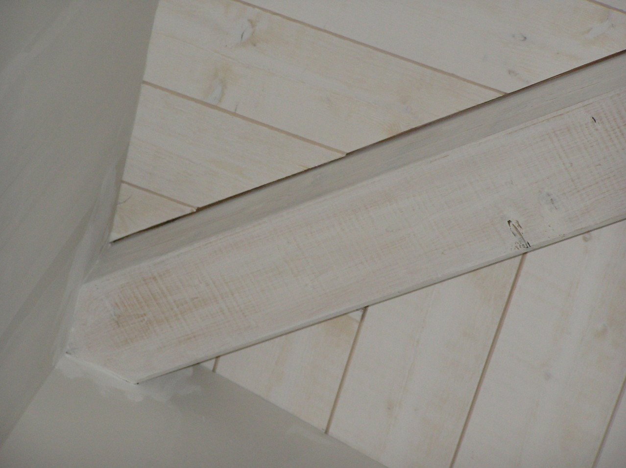 plafond lambris entre pannes avec joints creux