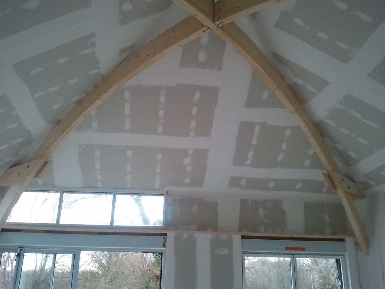 plafond effet arrondi BA13 entre panne