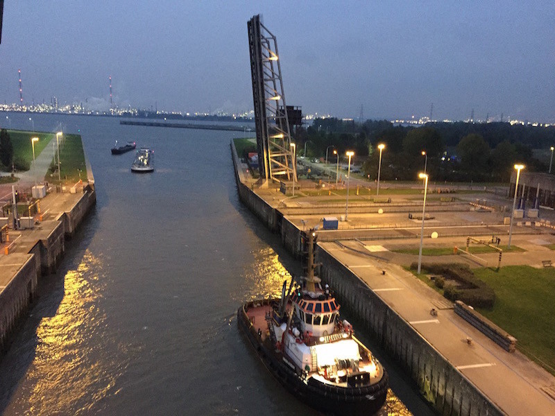 Lotsenboot in Antwerpen