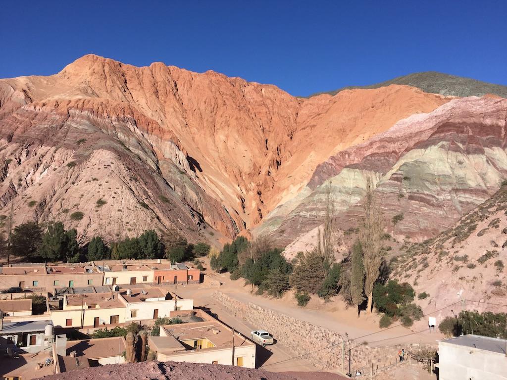 Purmamarca, 2'200 MüM, mit dem Berg der sieben Farben!