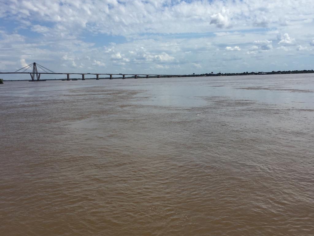 Grenze zwischen den Provinzen Corrientes und Resistencia