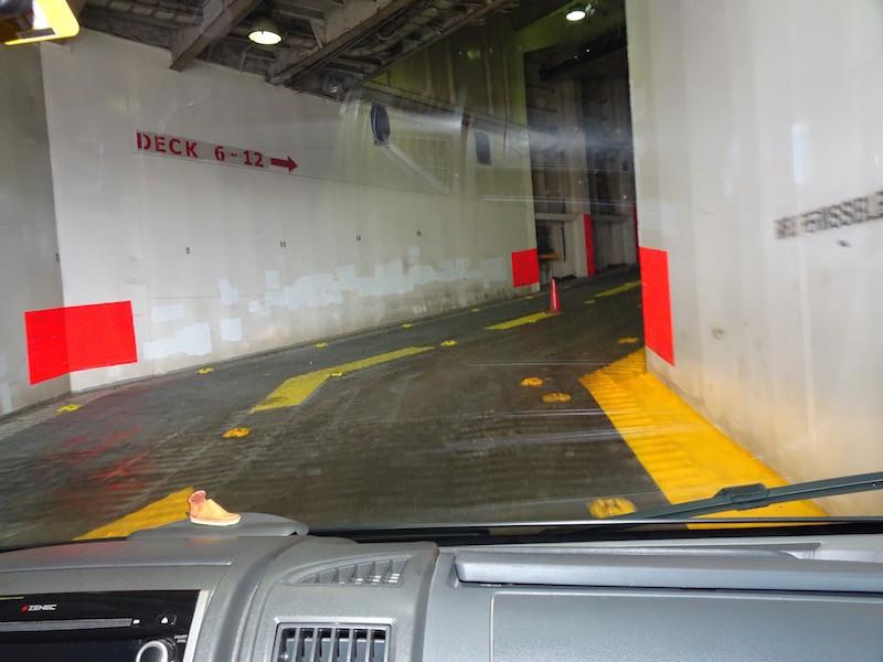 Einfahrt von Deck 3 auf Deck 6