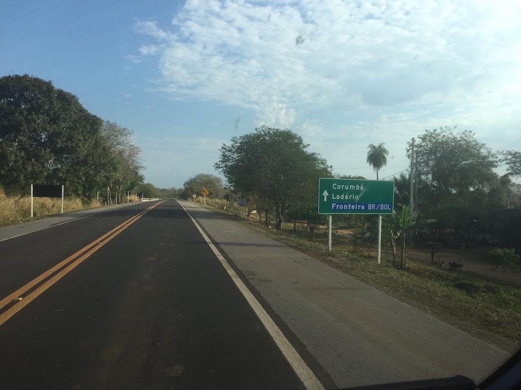 Fahrt von Miranda durch den südliche Pantanal