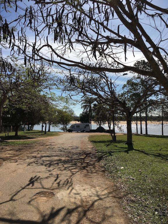 und auch den tollen Standplatz am Paraná!