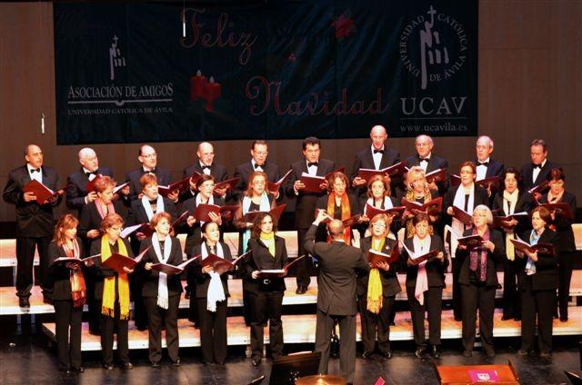 III Edición ¨Avila Canta la Navidad¨21-12-2013. Palacio de congresos ¨Lienzo Norte¨ ( Avila) Director Carlos Saldaña