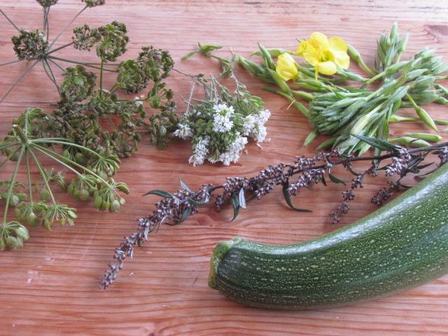 Wilde Würze und eingelegtes Gemüse