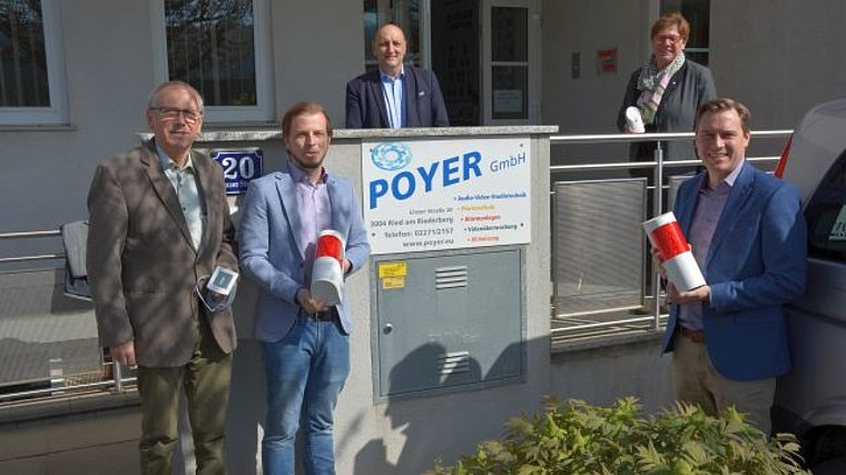 Mag. Ing. Alois Poyer mit Sohn Ing. Peter Poyer, Vizebgm. Gerald Höchtl, Bürgermeisterin Josefa Geiger und LAbg Christoph Kaufmann