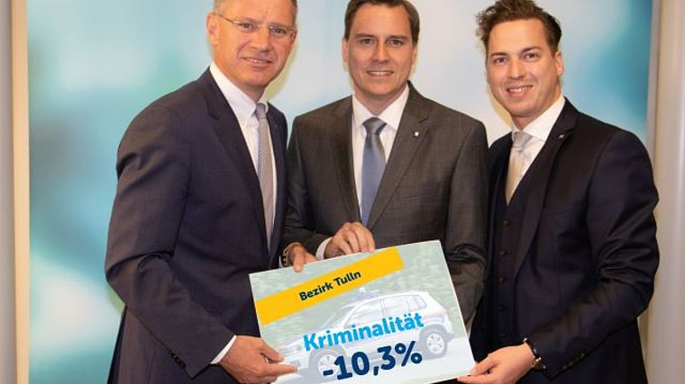 VP Sicherheitssprecher Gerhard Karner, Landtagsabgeordnete Christoph Kaufmann und Bernhard Heinreichsberger