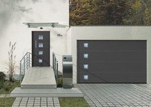 Porte de garage, Porte d'entrée