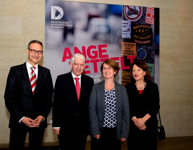 vlnr: Prof. Dr. Alexander Koch, Dr. Josef Schuster, Prof. Dr. Stefanie Schüler-Springorum, Dr. Isabel Enzenbach ©Wolfgang Siesing/Deutsches Historisches