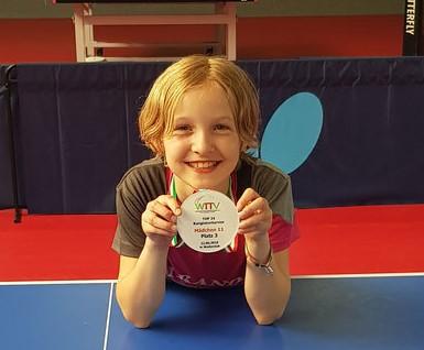 Frieda erreichte beim WTTV-Top 24 Turnier im Juni einen hervorragenden 3. Platz und qualifizierte sich so für das WTTV-Top 12 Turnier.