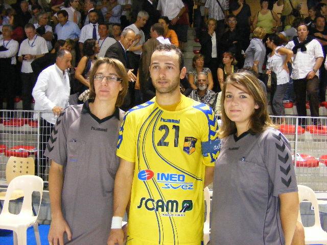 Sonia et Benoit avec Anouar AYED joueur de Toulouse