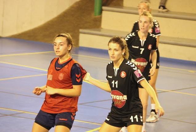 Mathilde Lacombe (n°11), 6 buts face à Bègles, l'école agenaise dans toute sa splendeur !!