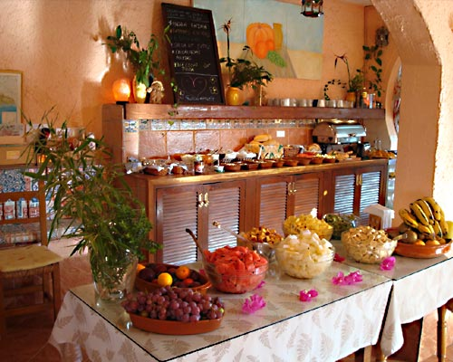 Buffet in der Casa del Morisco, Andalusien