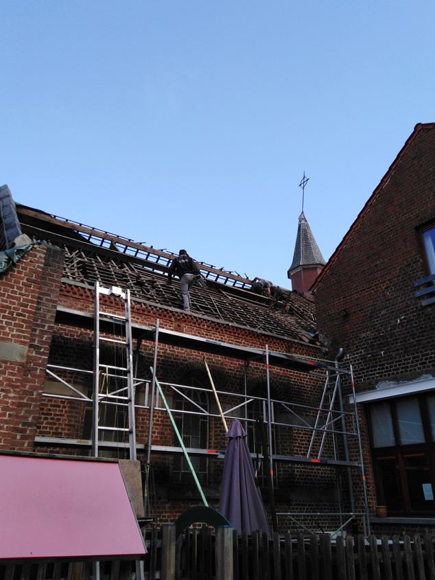 20/07/2020 La chapelle de Profondsart, démontage de la charpente