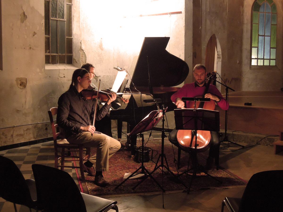 Trio Spilliaert en répétition Gauvain de Morant (piano),  Jean-Samuel Bez (violon)  Guillaume Lagravière (violoncelle).