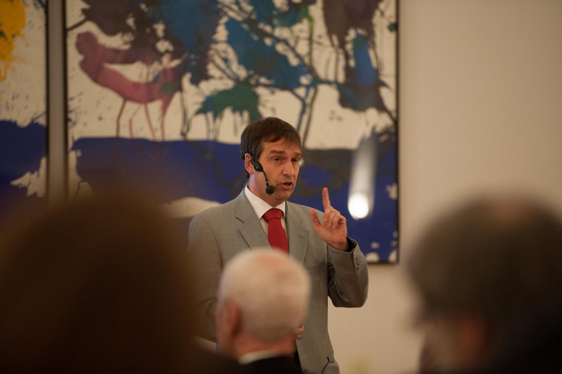 Prof. Dr.-Ing. Balthasar Novák (2015) - Interkulturelle Kooperation