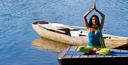 """DVD """"Yoga am Berg"""" mit Yoga Lehrerin Aquila Camenzind"""