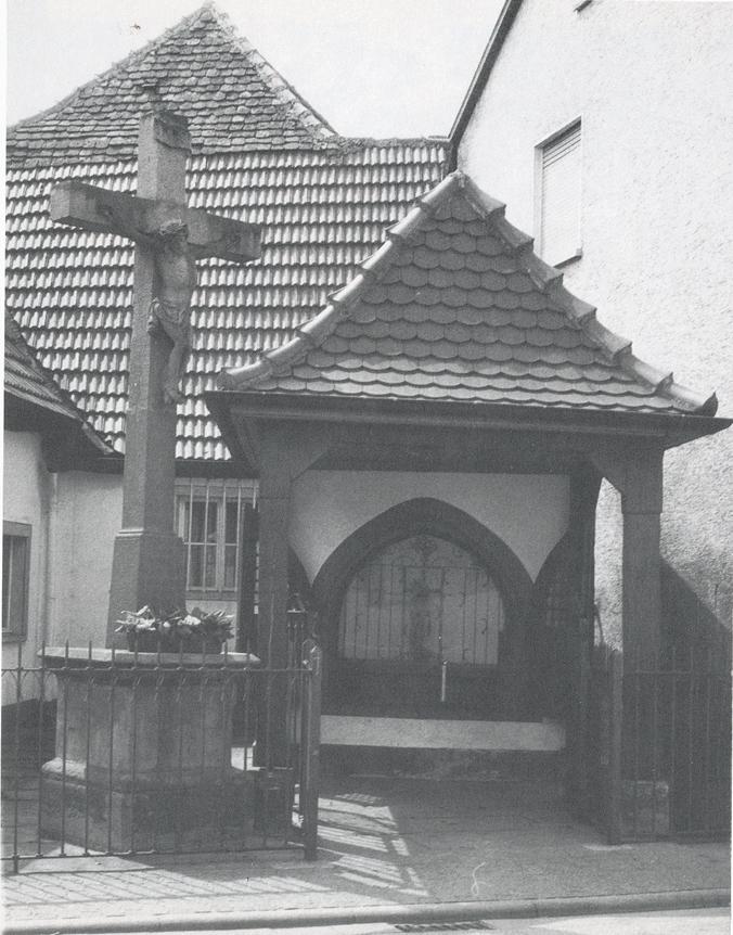 1722 errichtetes Bildhäusel (renoviert), Endziel der Sonntagsprozessionen der Chorsänger