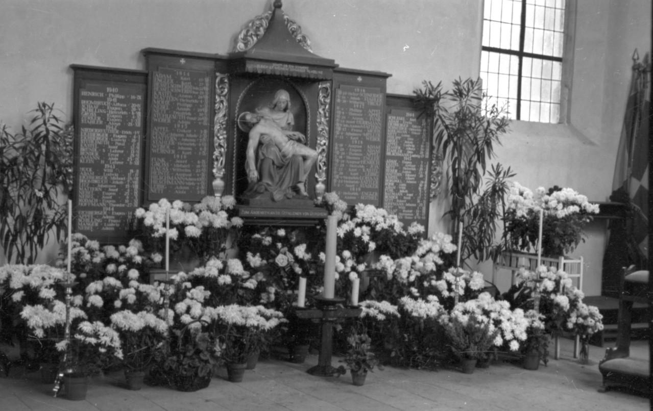 Gedenkstätte in der Kirche