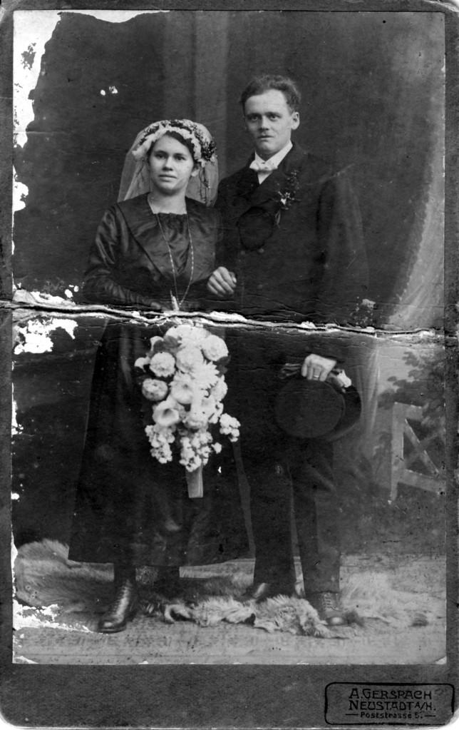 Ehepaar Hoffmann Johannes und Barbara geb. Funk ca. 1920
