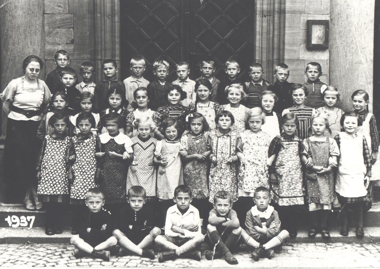 Schuljahr 1937