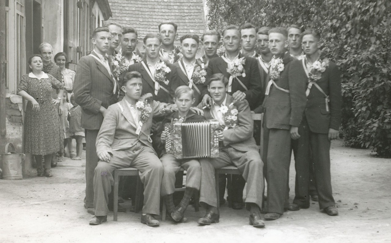 Musterungsjahrgang 1923 mit Harry Stadler (mit Familie Stadler)