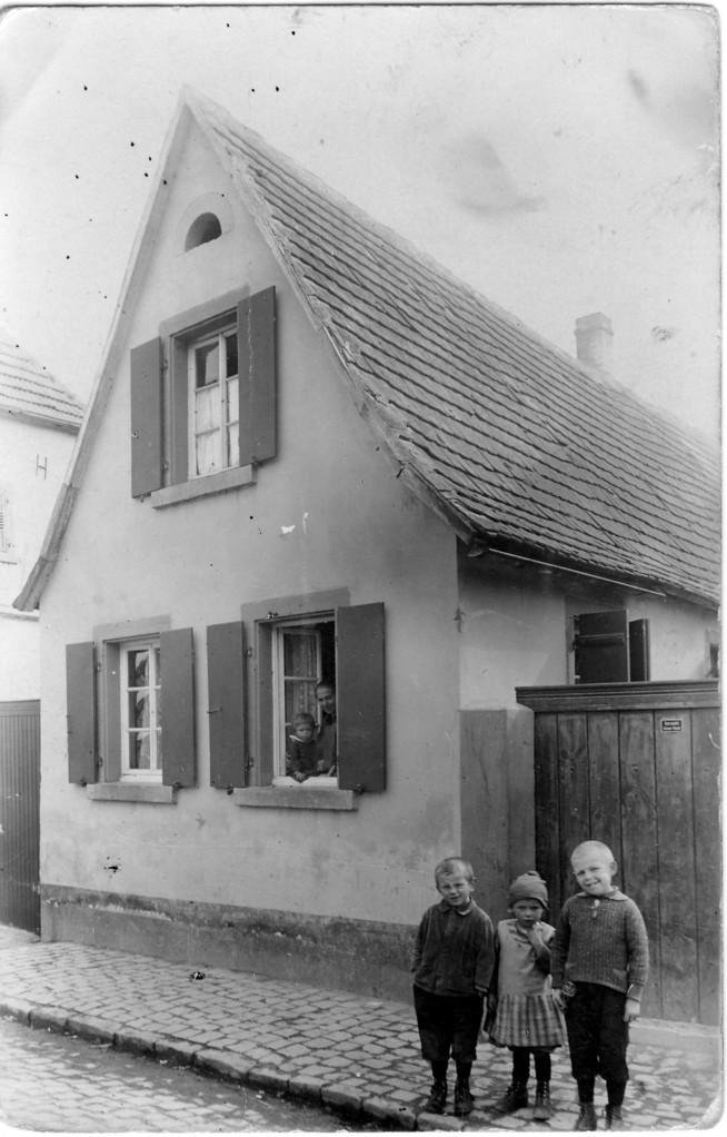 Haus Adam Nebel, 1925, Chausseegard