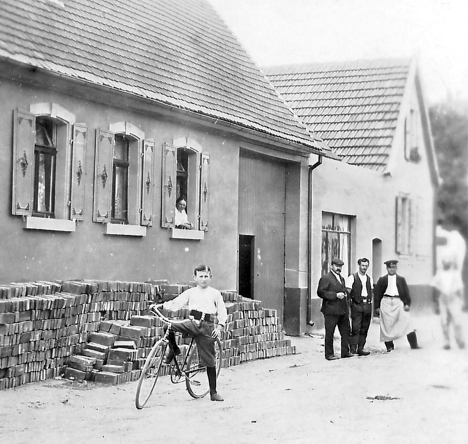 Duttweilerer Straße, Anwesen Günter Stadler