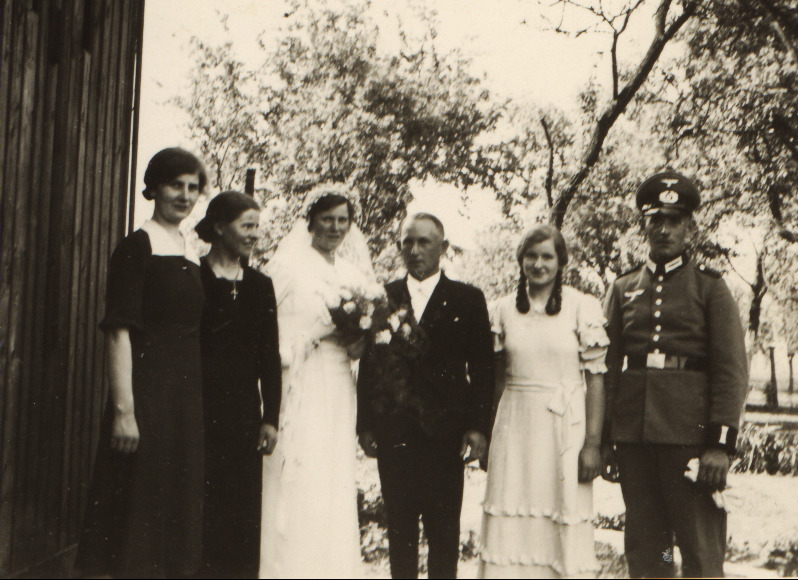 Hochzeit 1938, Geschwister