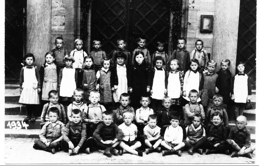 Geburtsjahrgang 1927 bis 1928, Klassenbild von 1934