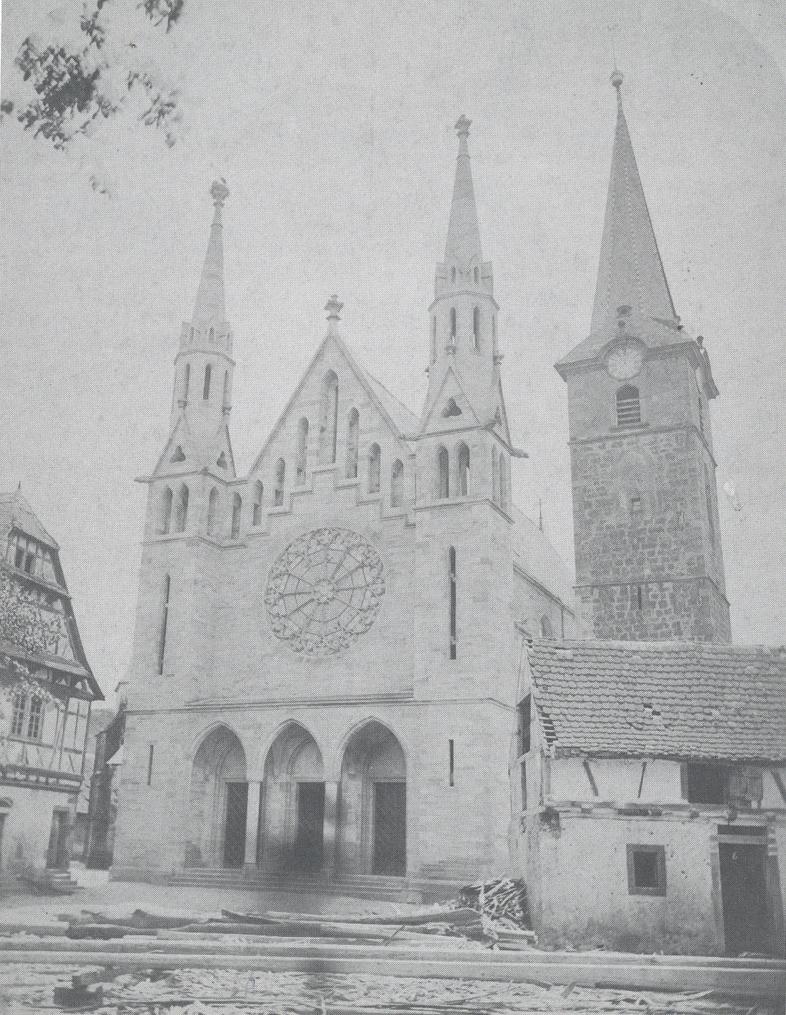 1870 erbaute Kirche mit dem alten Rathaus (Bild vor 1879)