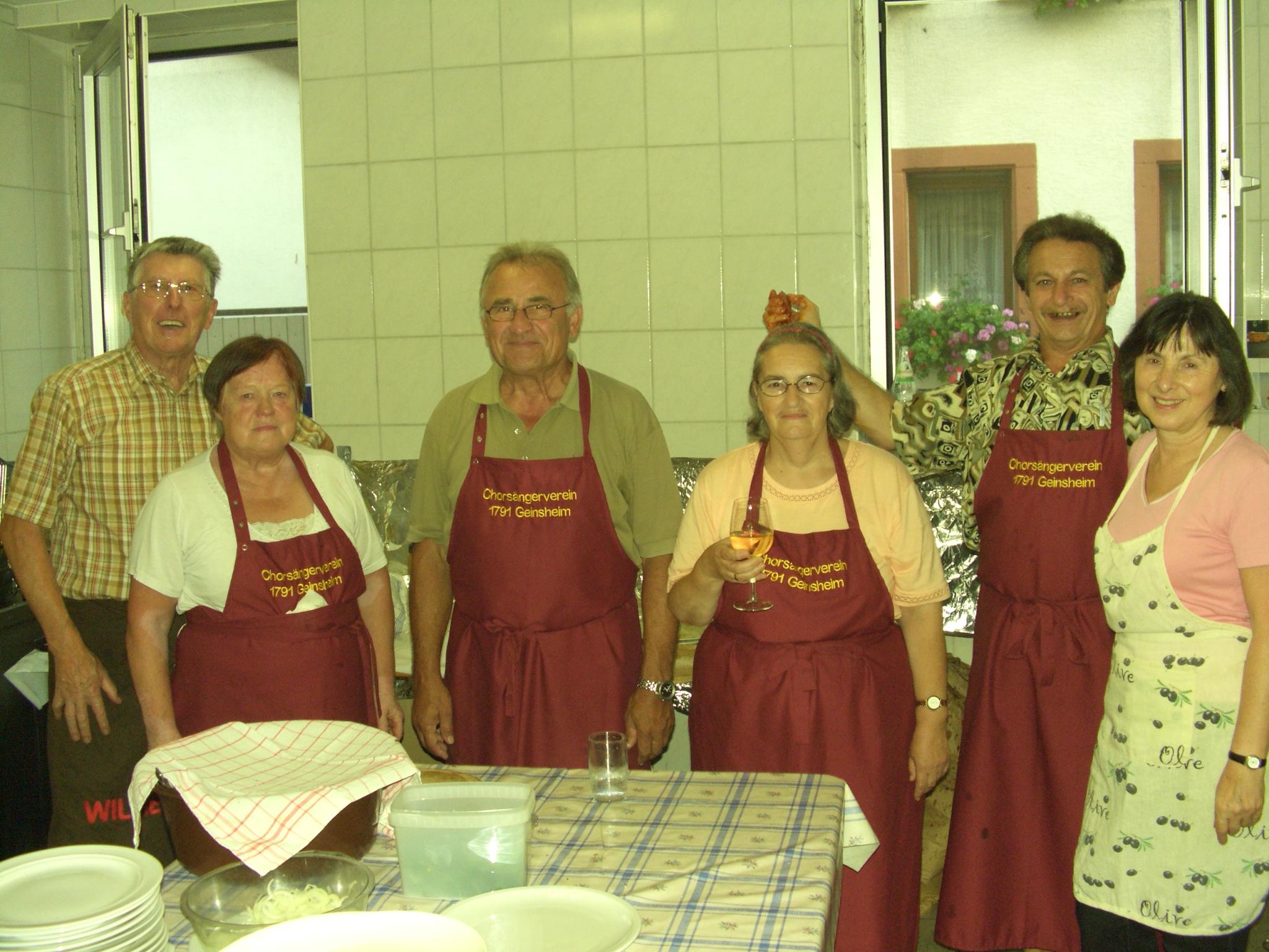 """Küchendienst Kerwe im ehemaligen """"Raiffeisen"""""""