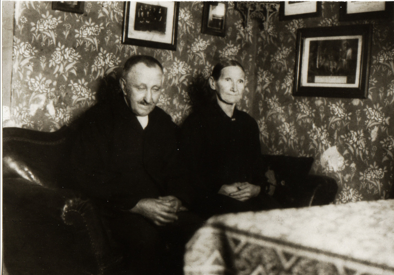 Ehepaar Anton Weber und Maria geb. Nebel, Eltern von Georg Weber (Waldschütz)